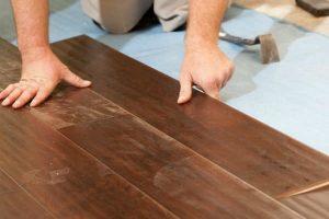 IMAGEN DE COMO COLOCAR PARQUET DE MADERA / how to install parquet flooring