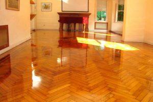 IMAGEN DE COMO LIMPIAR PISOS DE MADERA / HOW TO CLEAN WOODEN FLOORS