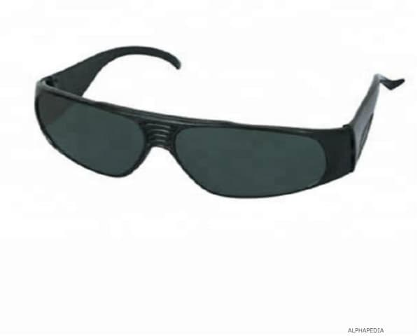 TYPES OF SAFETY GLASSES
