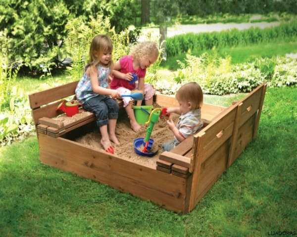 WOODEN CHILDREN´S BENCHES: Great Price on Qualified Products